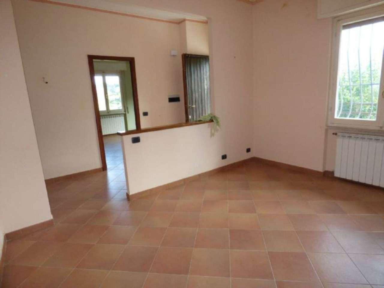 Appartamento in vendita a Cicagna, 6 locali, prezzo € 95.000 | PortaleAgenzieImmobiliari.it