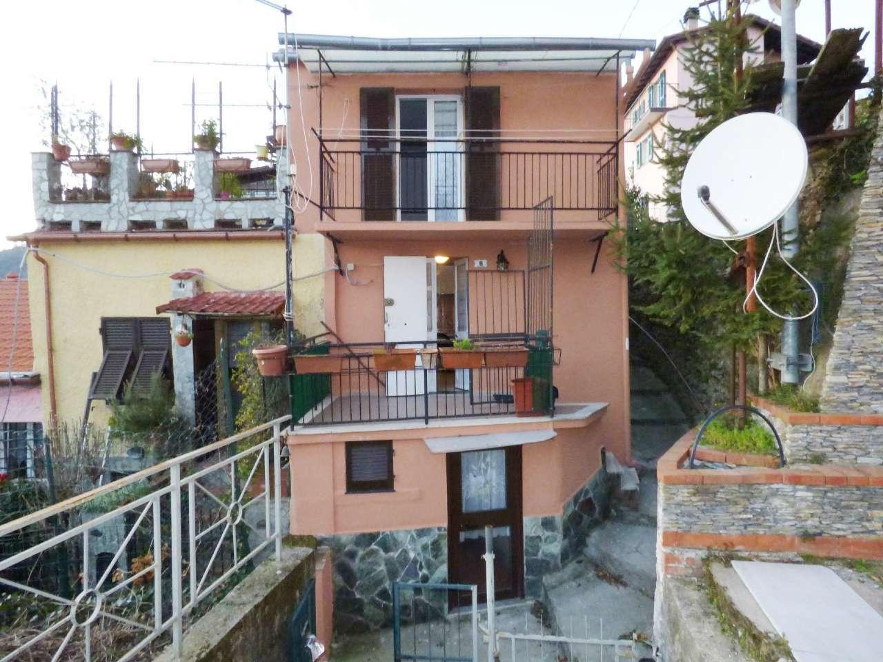 Soluzione Indipendente in vendita a Bargagli, 4 locali, prezzo € 38.000 | CambioCasa.it