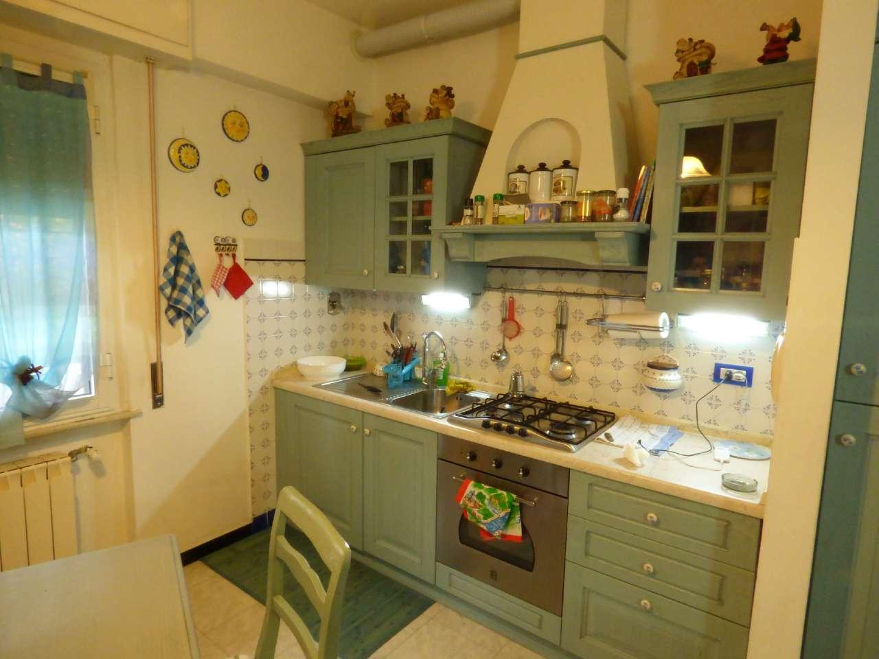 Appartamento in vendita a Carasco, 3 locali, prezzo € 135.000 | CambioCasa.it