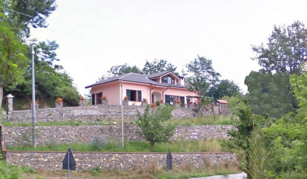 Soluzione Indipendente in vendita a Lumarzo, 6 locali, prezzo € 290.000 | CambioCasa.it