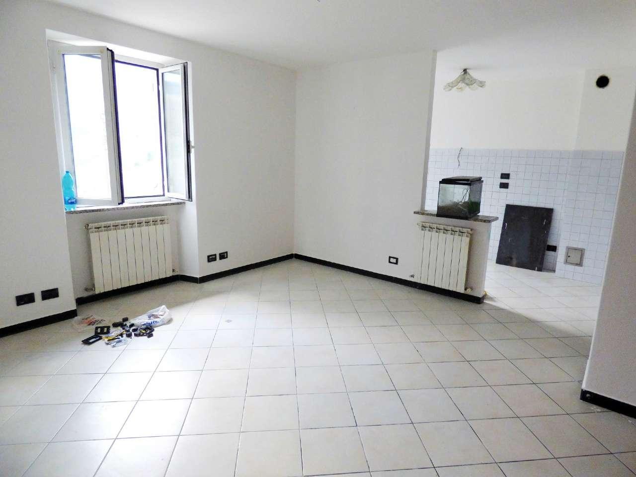 Appartamento in affitto a Moconesi, 5 locali, prezzo € 500 | PortaleAgenzieImmobiliari.it