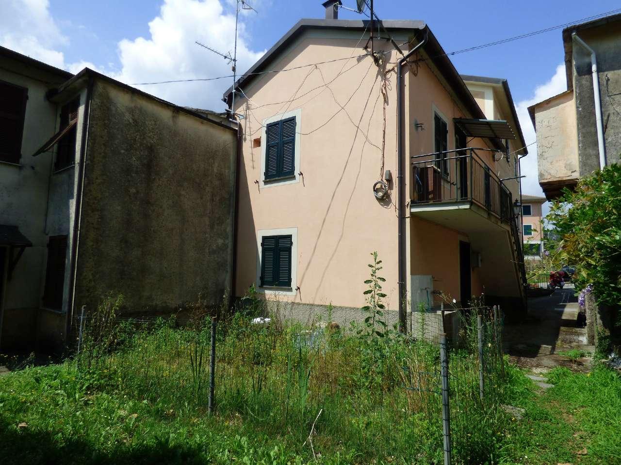 Soluzione Indipendente in affitto a Cicagna, 3 locali, prezzo € 380 | CambioCasa.it