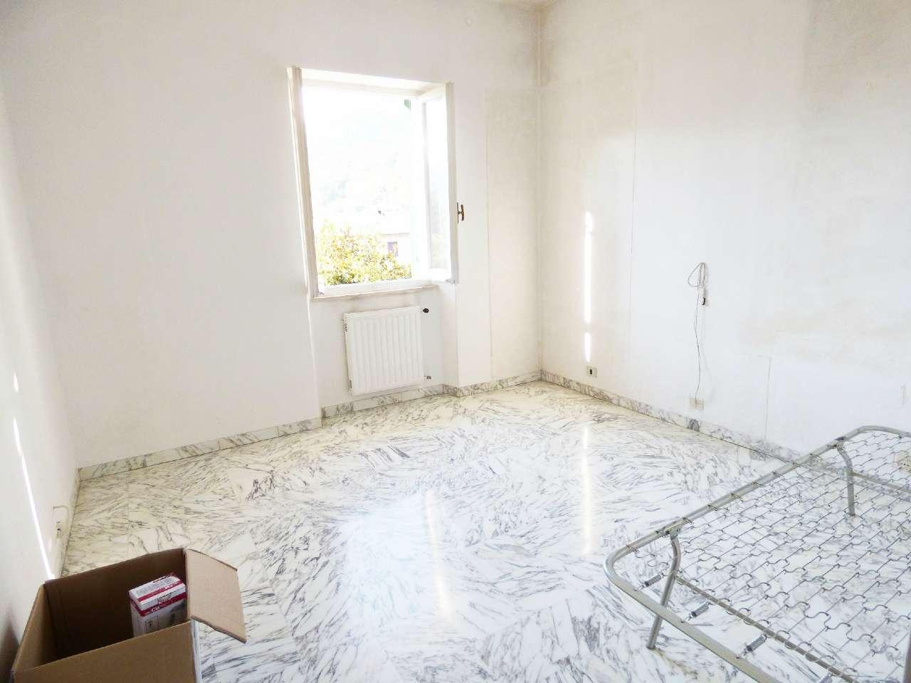 Appartamento in affitto a San Colombano Certenoli, 4 locali, prezzo € 350 | CambioCasa.it