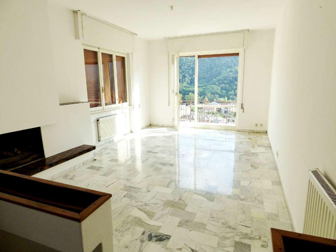 Appartamento in vendita a Cicagna, 6 locali, prezzo € 112.000 | PortaleAgenzieImmobiliari.it