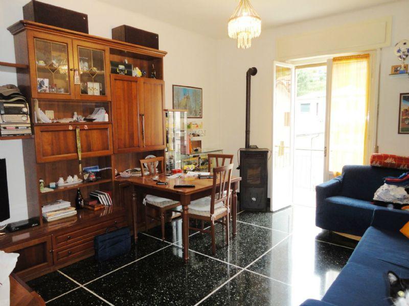 Appartamento in vendita a Lumarzo, 5 locali, prezzo € 123.000 | CambioCasa.it