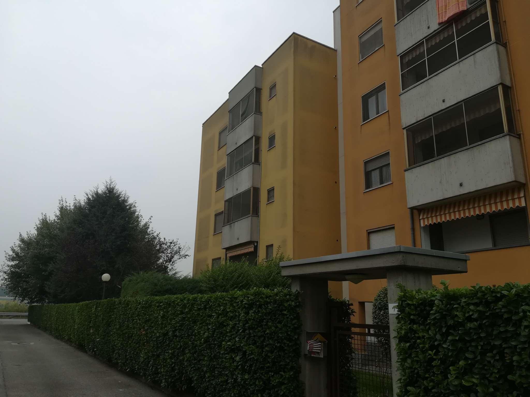 Appartamento da ristrutturare in vendita Rif. 7930450