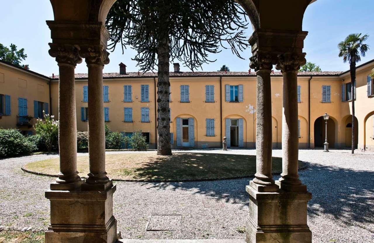 Appartamento in vendita a Appiano Gentile, 6 locali, prezzo € 560.000 | CambioCasa.it