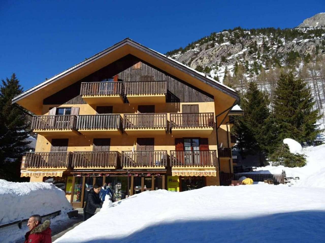 Appartamento in vendita a Claviere, 2 locali, prezzo € 165.000 | CambioCasa.it
