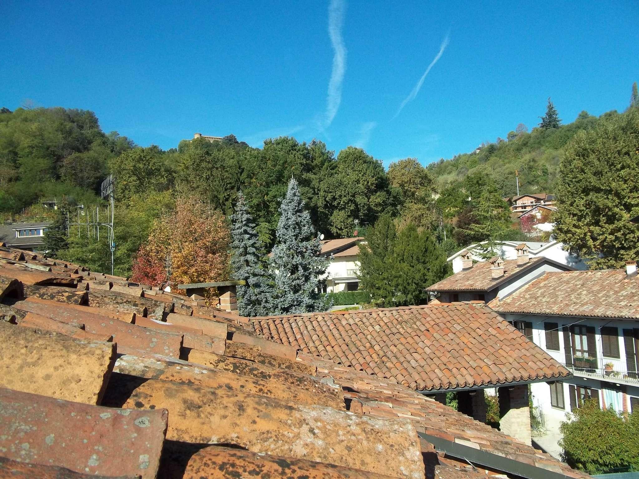 Appartamento in vendita a Monticello d'Alba, 4 locali, prezzo € 85.000 | CambioCasa.it