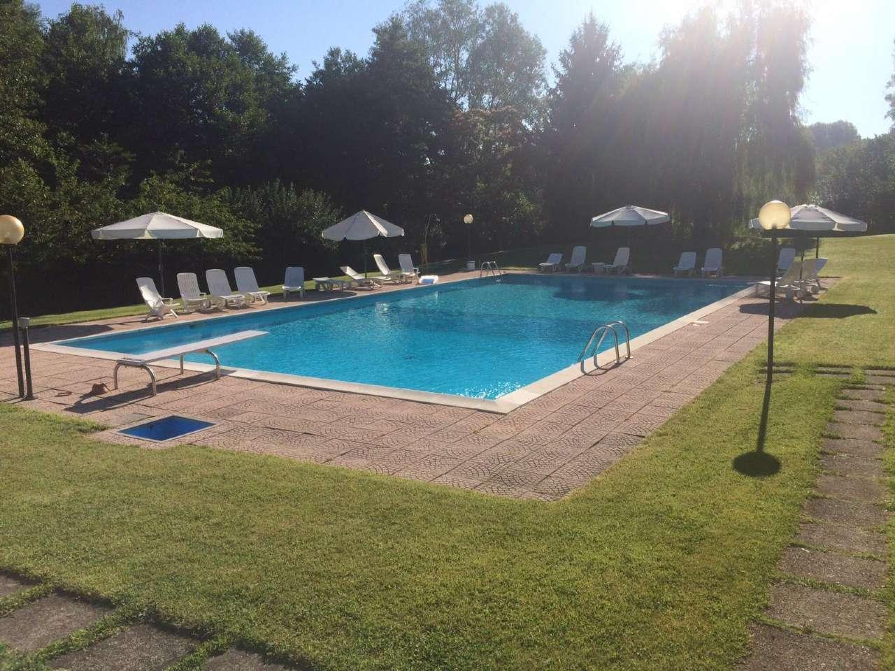 Villa in vendita a Bodio Lomnago, 12 locali, prezzo € 690.000 | CambioCasa.it