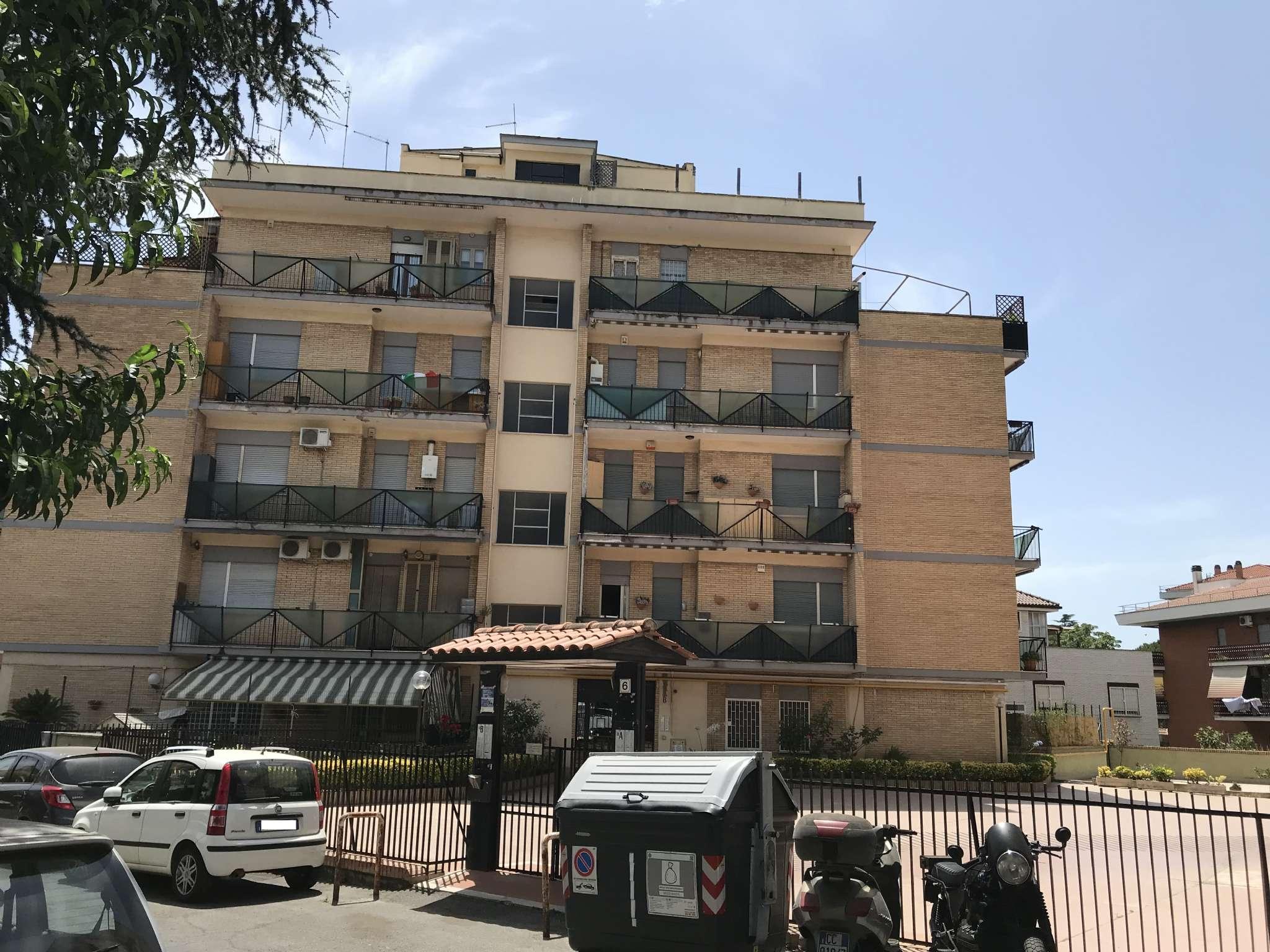 Attico / Mansarda in vendita a Roma, 2 locali, zona Zona: 28 . Torrevecchia - Pineta Sacchetti - Ottavia, prezzo € 149.000 | CambioCasa.it