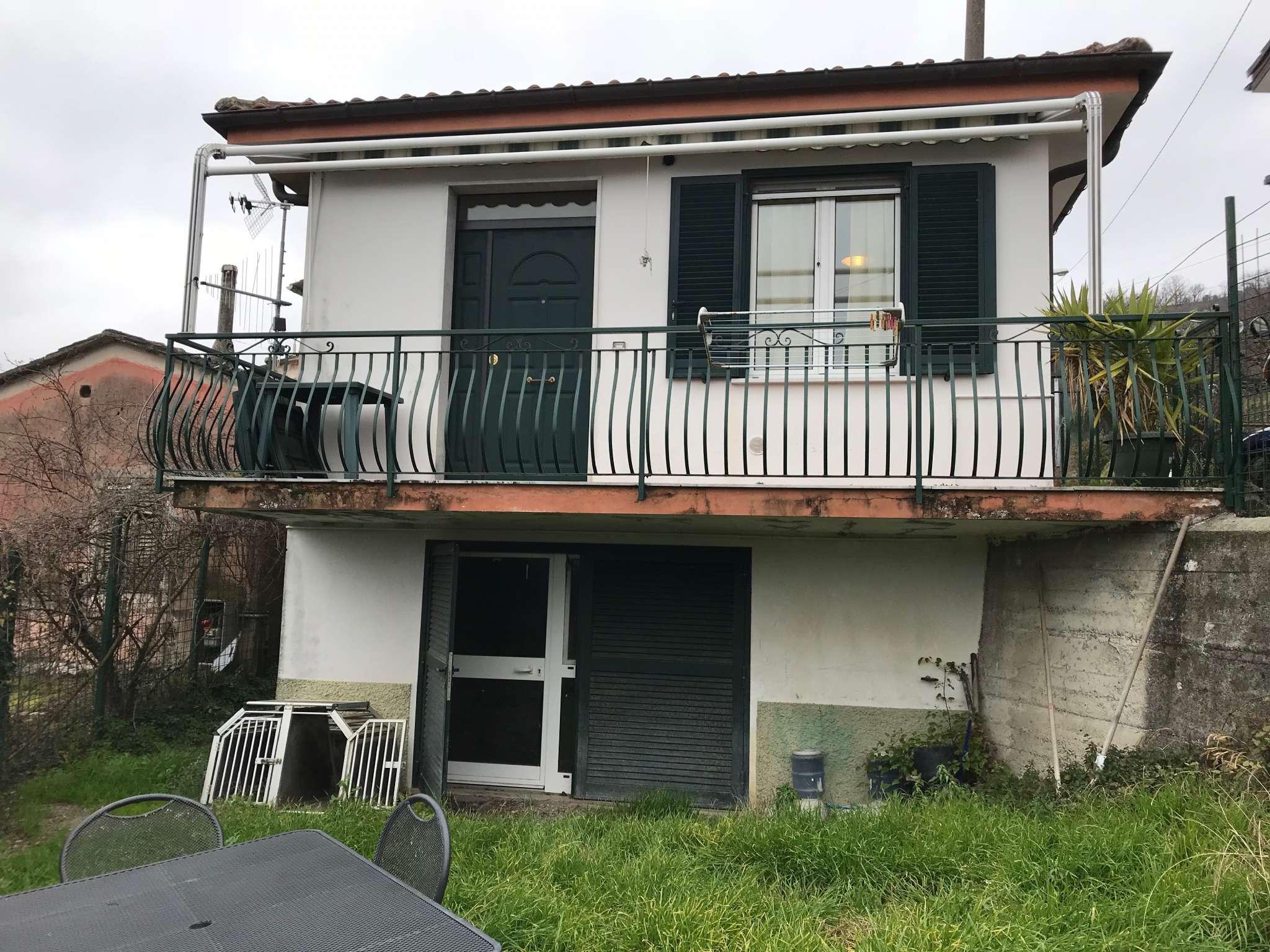 Foto 1 di Casa indipendente Lorsica