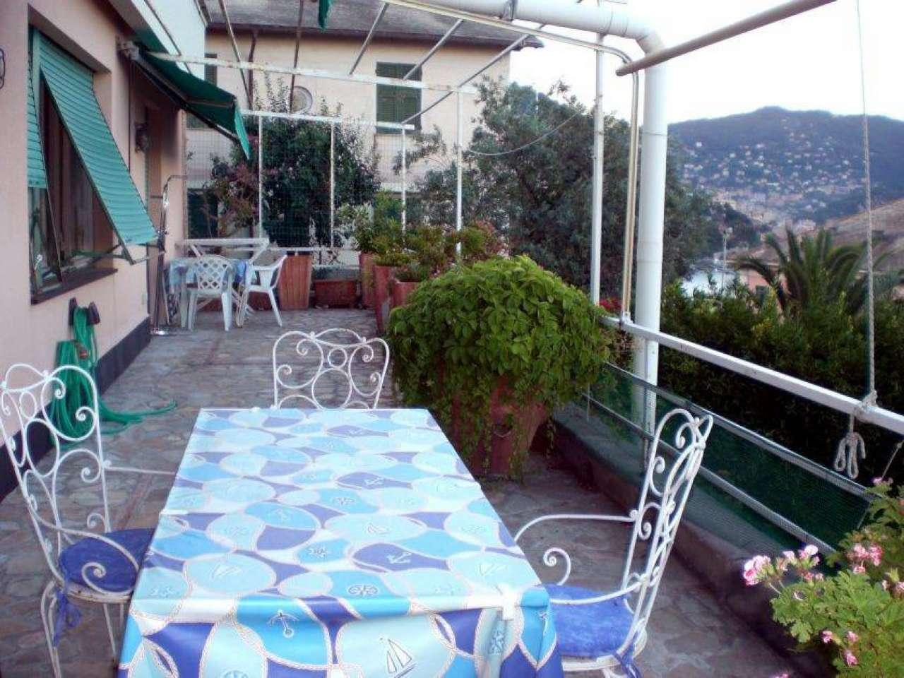 Appartamento in vendita a Recco, 6 locali, prezzo € 395.000 | PortaleAgenzieImmobiliari.it