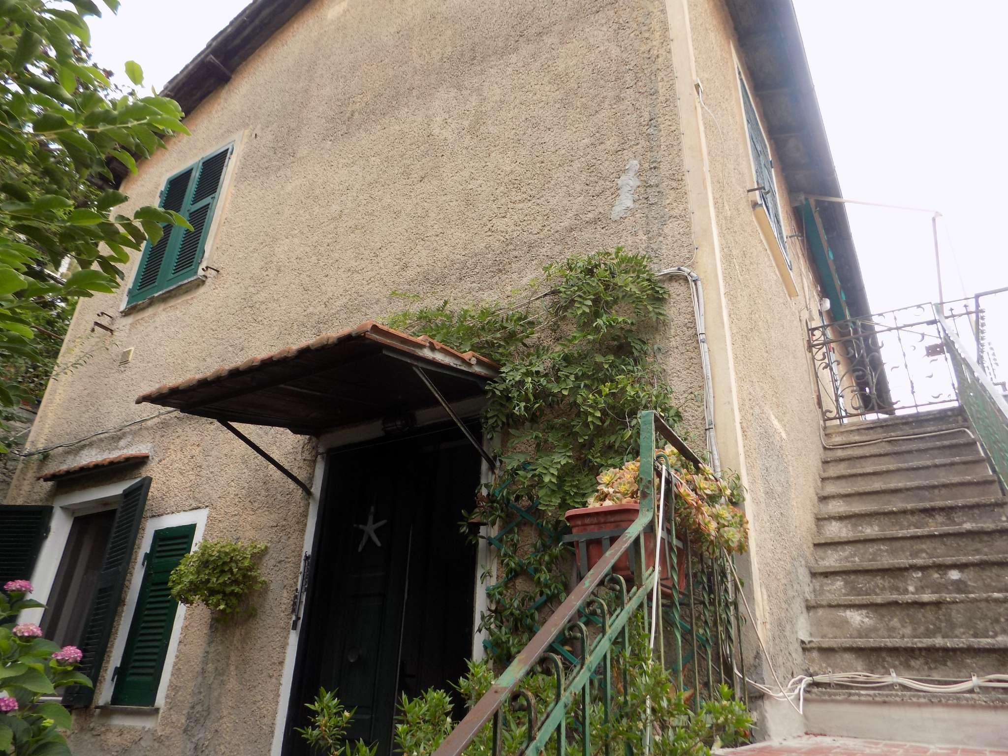 Appartamento in vendita a Bogliasco, 8 locali, prezzo € 395.000 | PortaleAgenzieImmobiliari.it