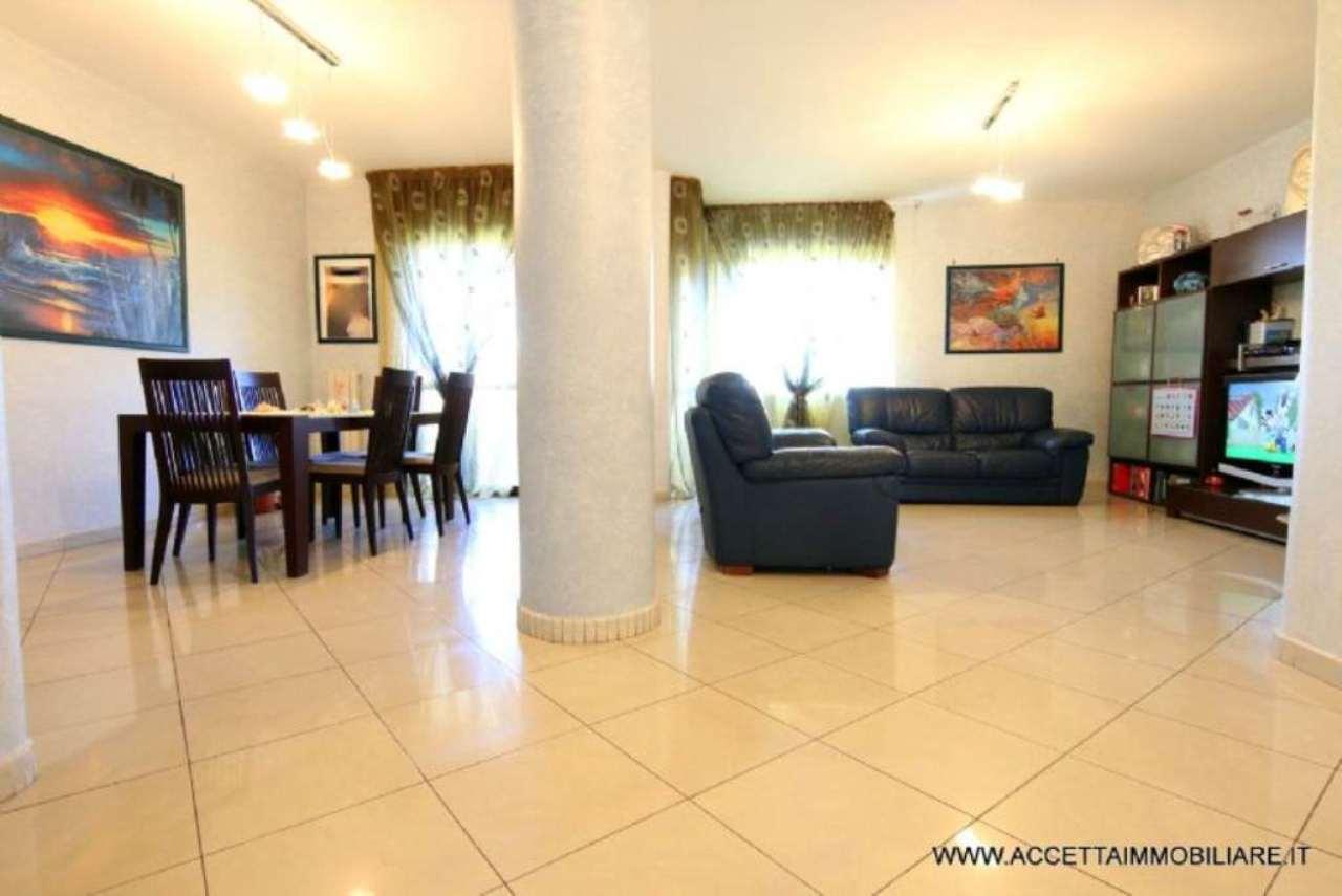 Appartamento in vendita a Taranto, 3 locali, prezzo € 78.000 | CambioCasa.it