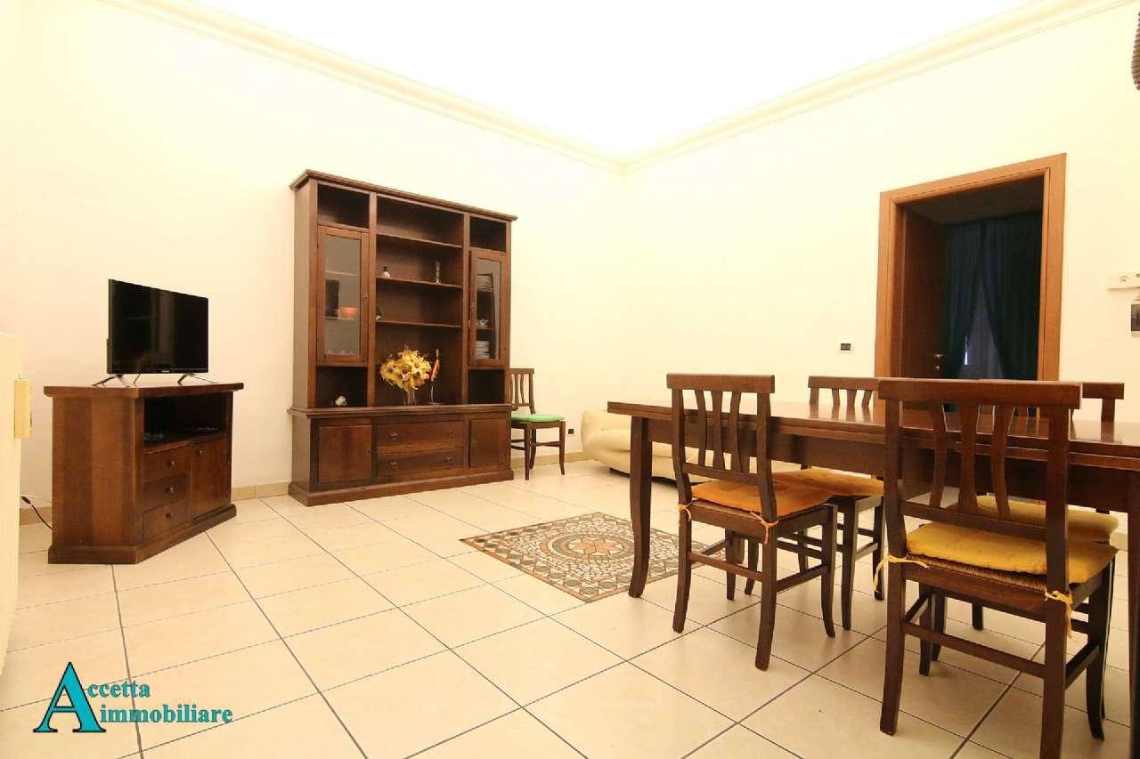 Appartamento arredato in affitto in via Nitti, Taranto
