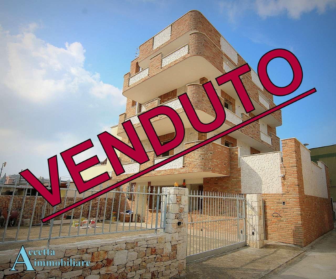 Appartamento in vendita a Taranto, 4 locali, prezzo € 145.000 | CambioCasa.it