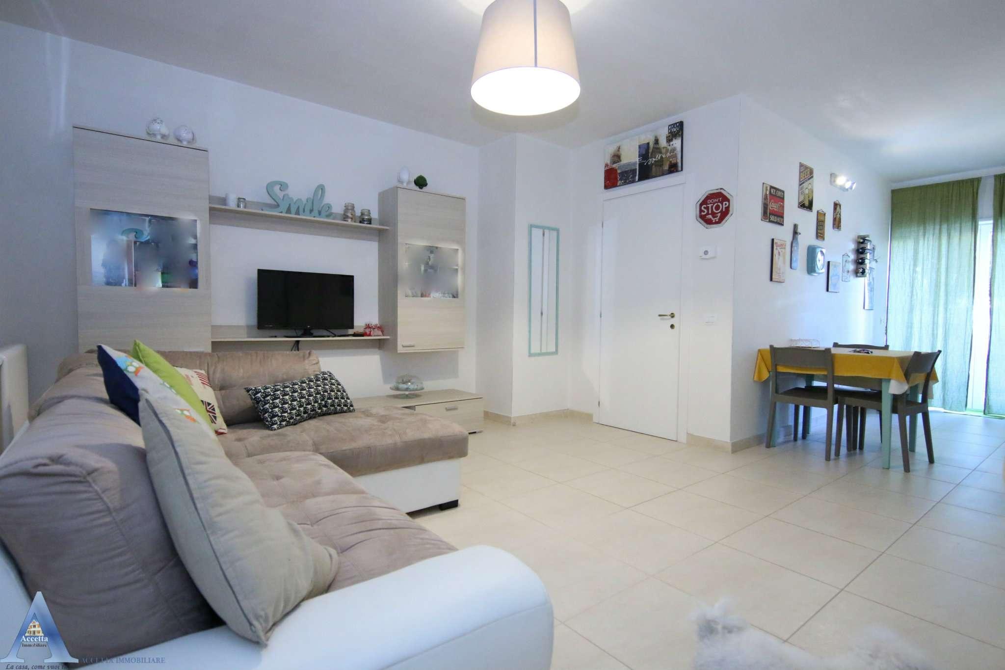 Appartamento in vendita a San Giorgio Ionico, 2 locali, prezzo € 60.000   CambioCasa.it