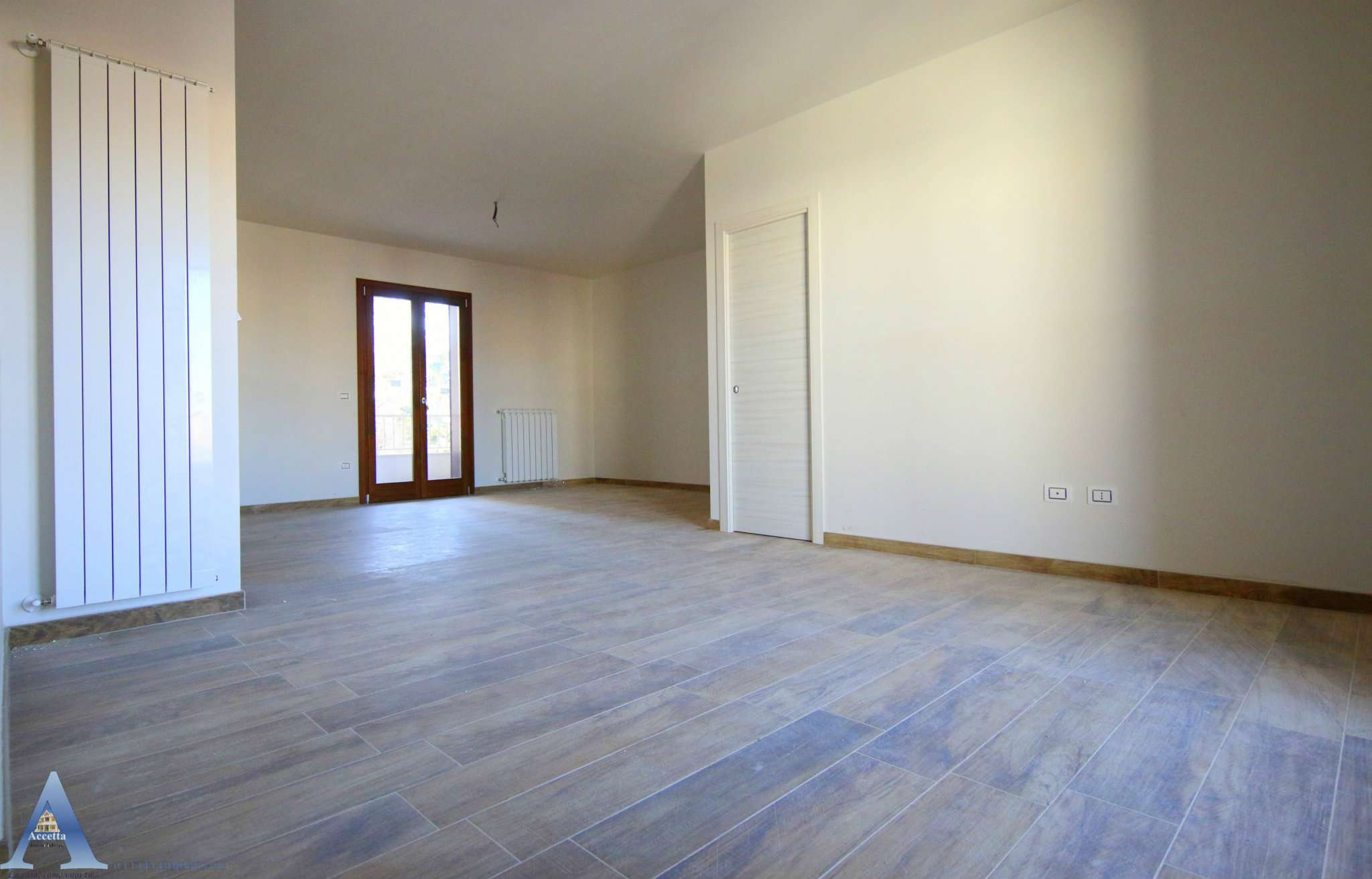 Appartamento in vendita a Taranto, 4 locali, prezzo € 148.000   CambioCasa.it