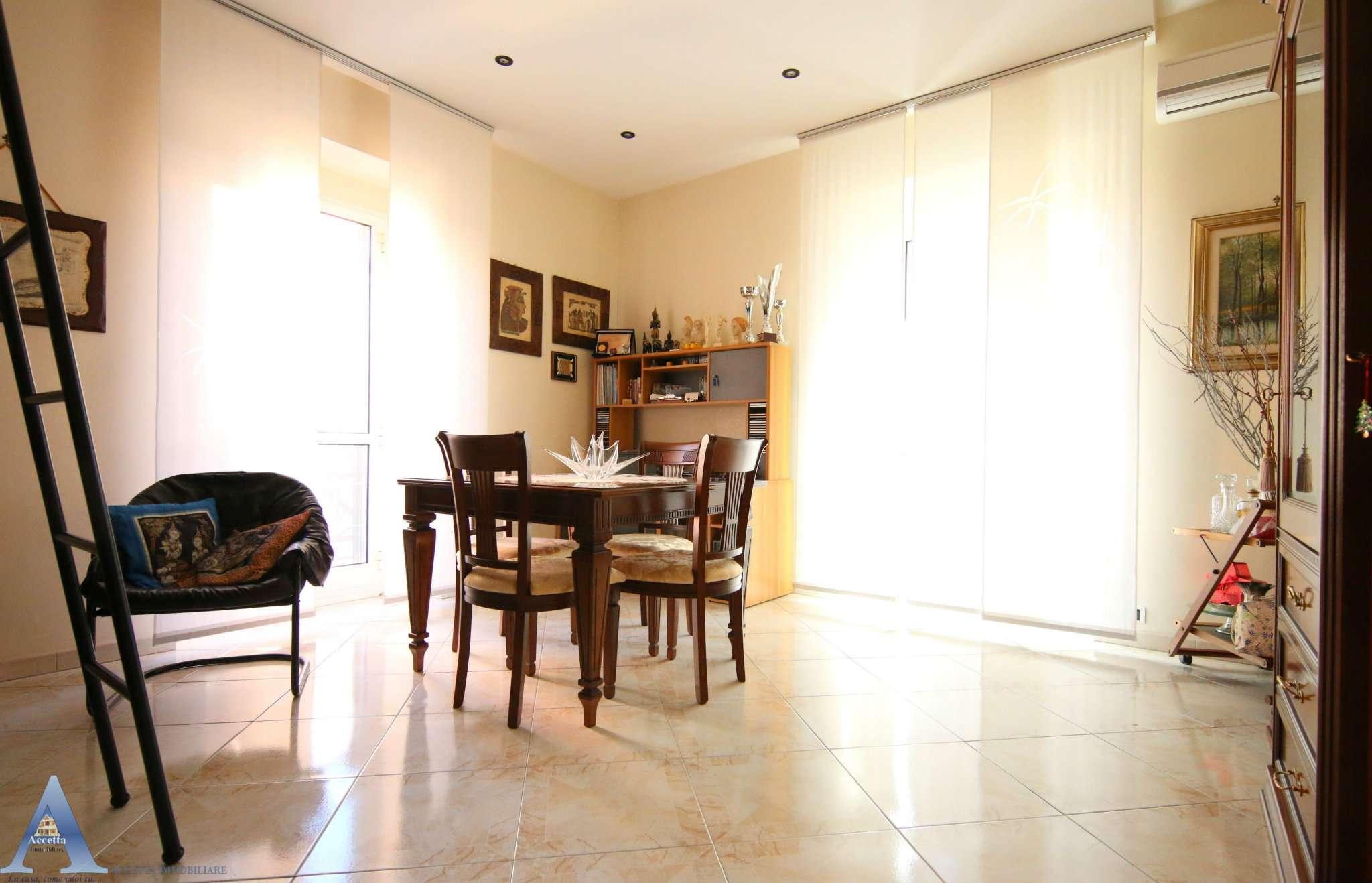 Appartamento in vendita a Taranto, 3 locali, prezzo € 69.000 | CambioCasa.it