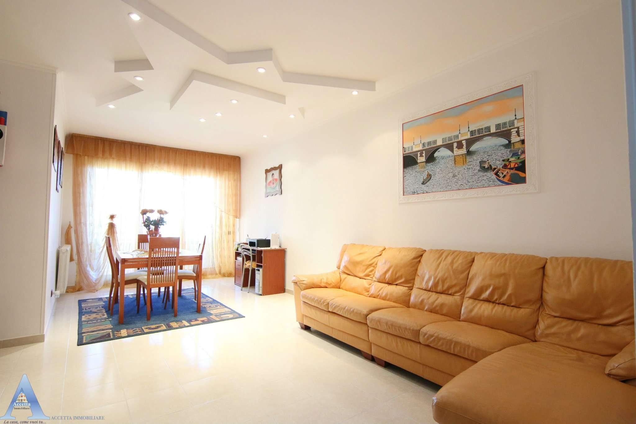 Appartamento in vendita a Taranto, 3 locali, prezzo € 119.000 | CambioCasa.it