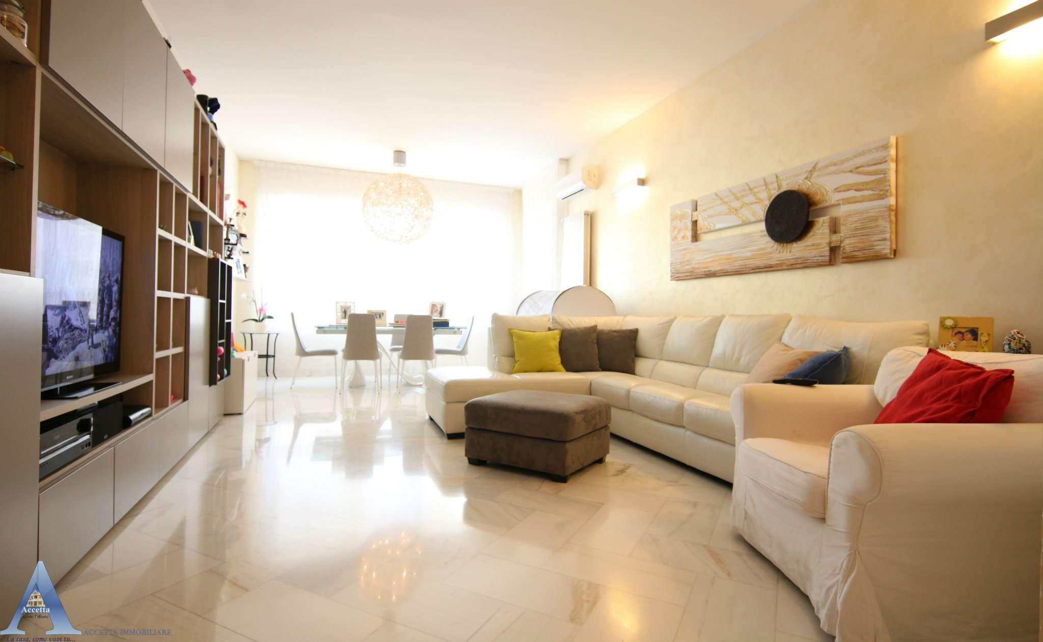 Appartamento in vendita a Taranto, 3 locali, prezzo € 142.000 | CambioCasa.it