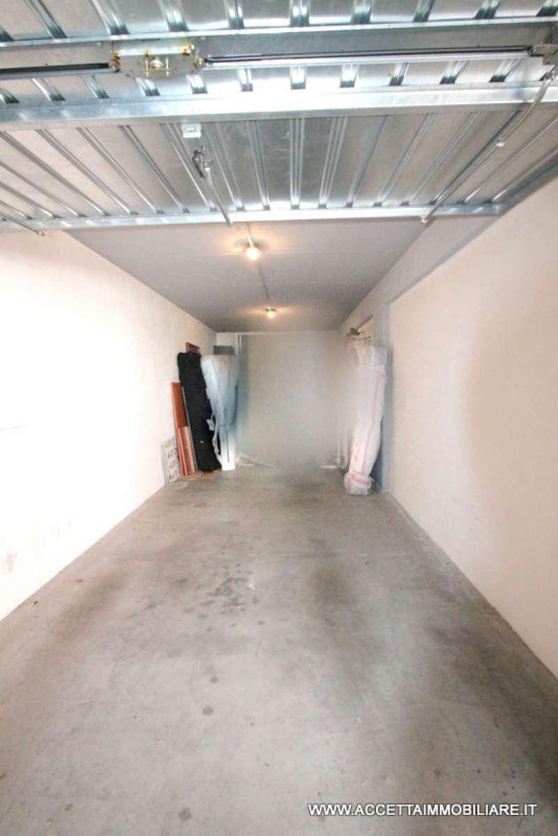 Box / Garage in vendita a Taranto, 1 locali, prezzo € 25.000 | CambioCasa.it