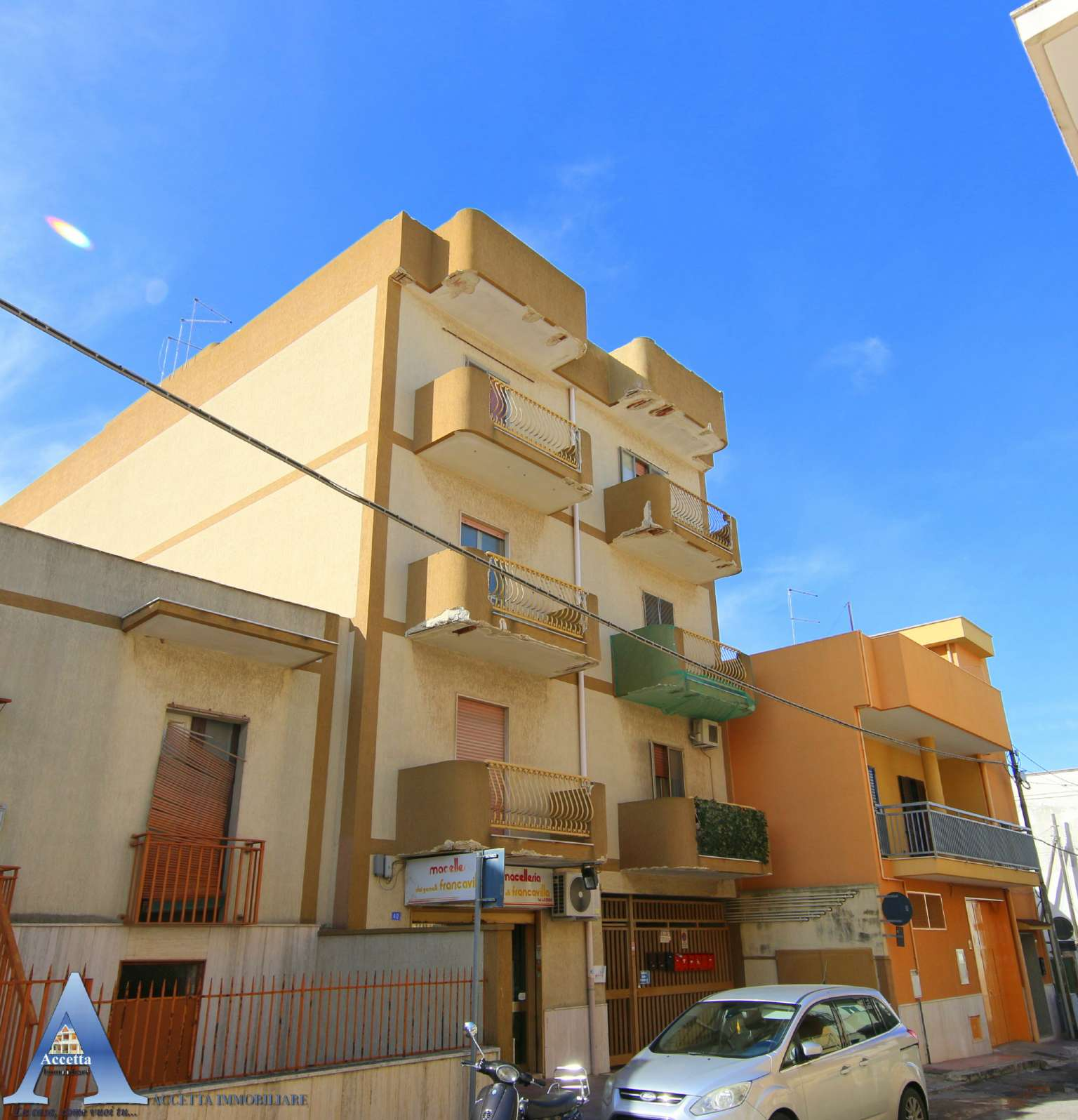 Appartamento in vendita a San Giorgio Ionico, 3 locali, prezzo € 59.000   CambioCasa.it