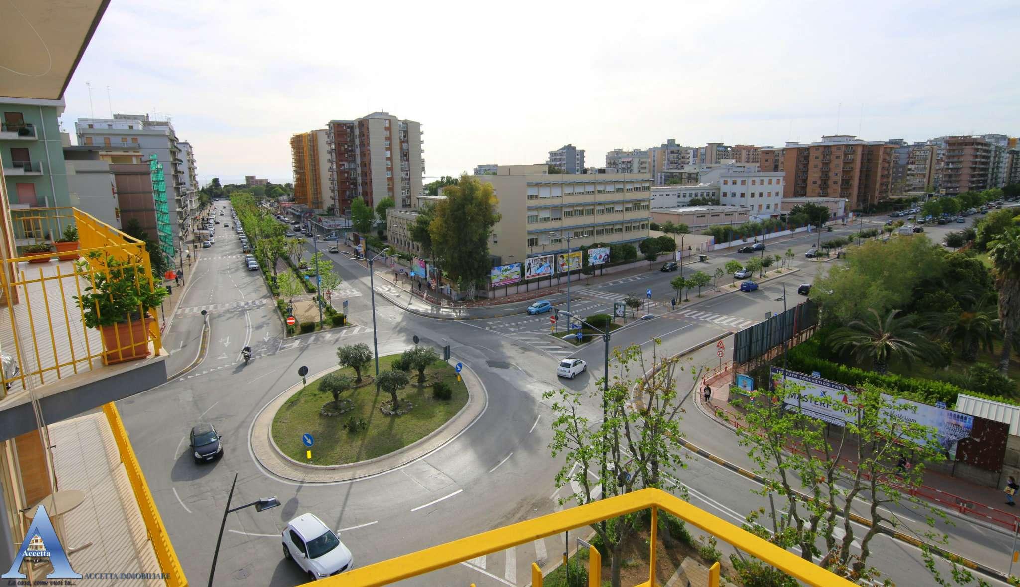 Appartamento in vendita a Taranto, 3 locali, prezzo € 145.000 | CambioCasa.it