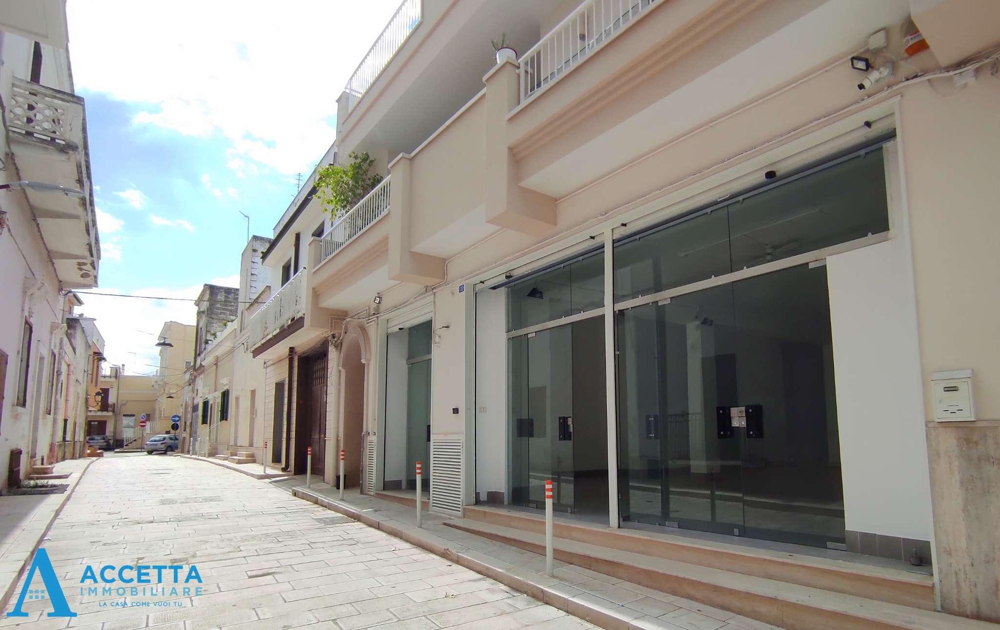 Negozio / Locale in vendita a San Giorgio Ionico, 1 locali, prezzo € 148.000   CambioCasa.it
