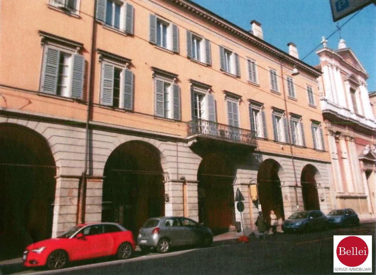 Appartamento in vendita a Modena, 28 locali, Trattative riservate | PortaleAgenzieImmobiliari.it