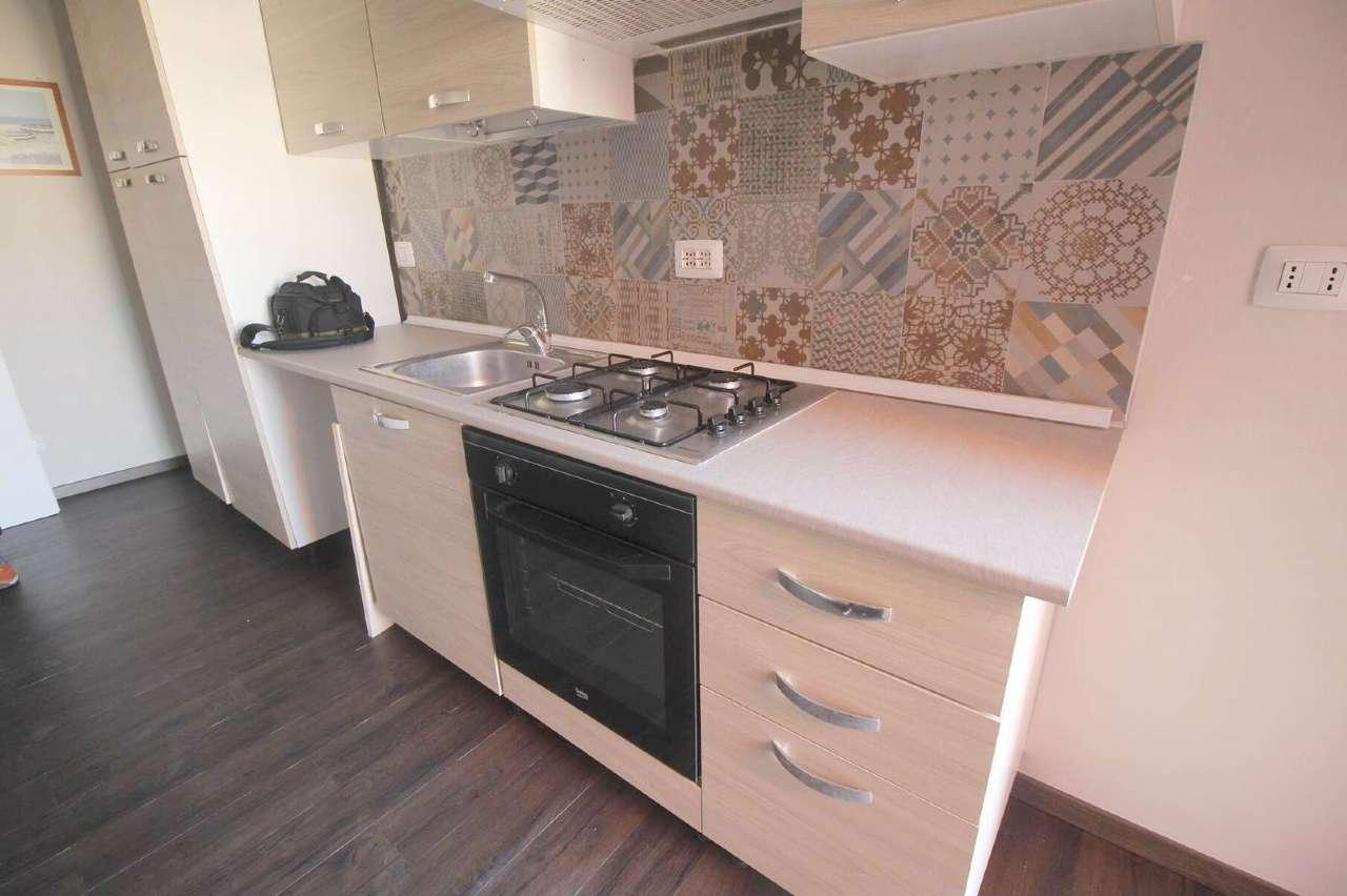 Appartamento in buone condizioni in vendita Rif. 8804465