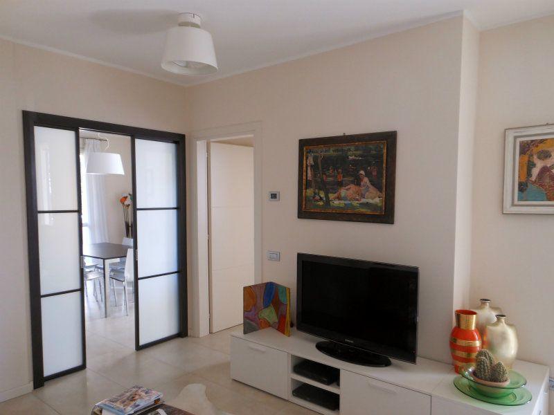 Appartamento in ottime condizioni arredato in affitto Rif. 8759991