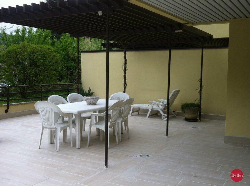Appartamento ristrutturato arredato in vendita Rif. 8776875