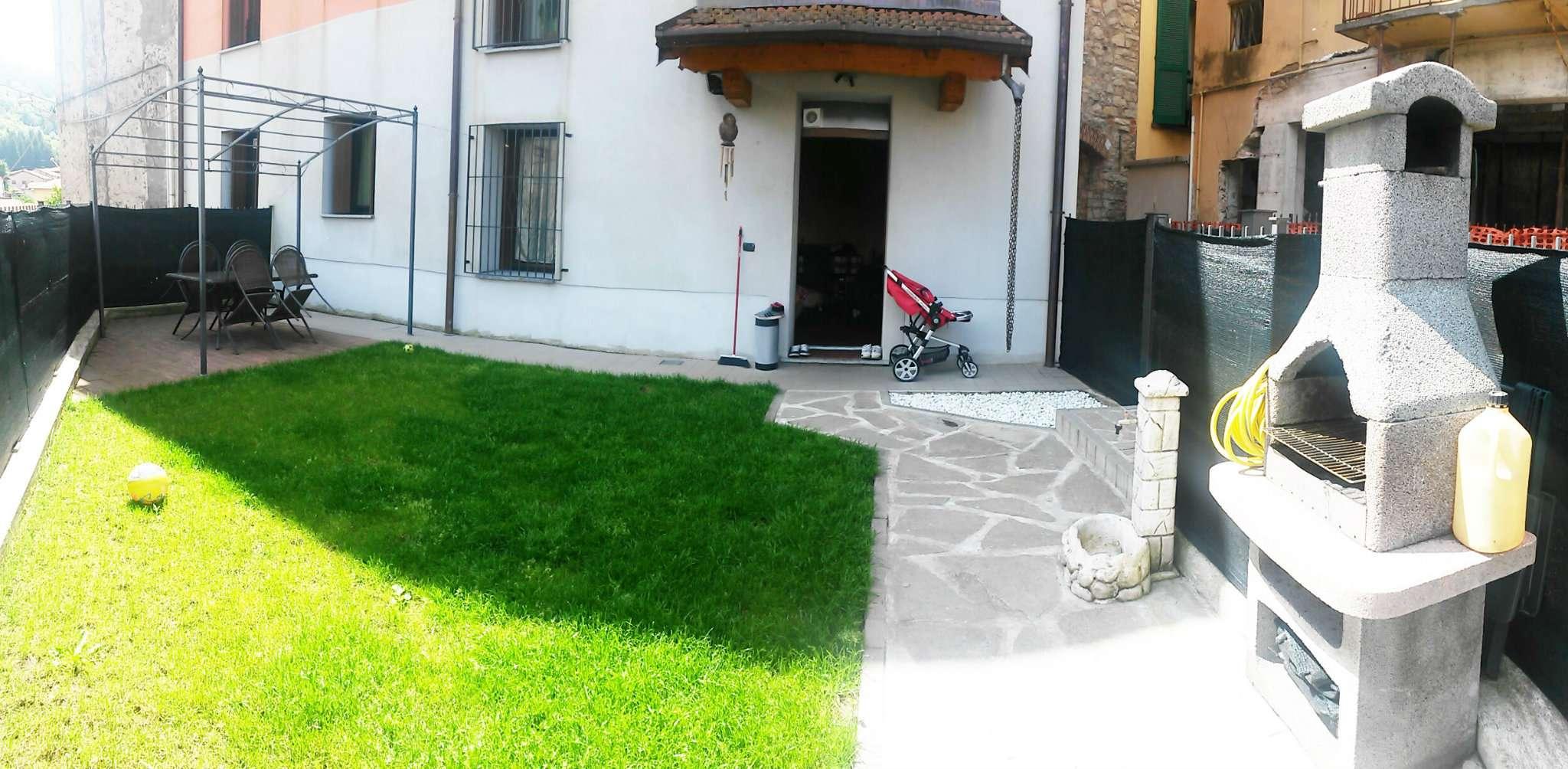 Appartamento in ottime condizioni in vendita Rif. 6811735