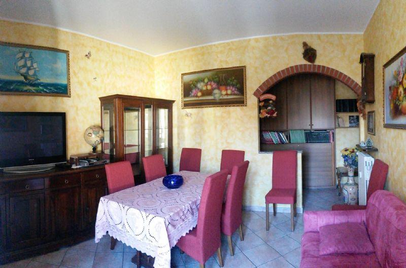 Appartamento ristrutturato arredato in vendita Rif. 6811761