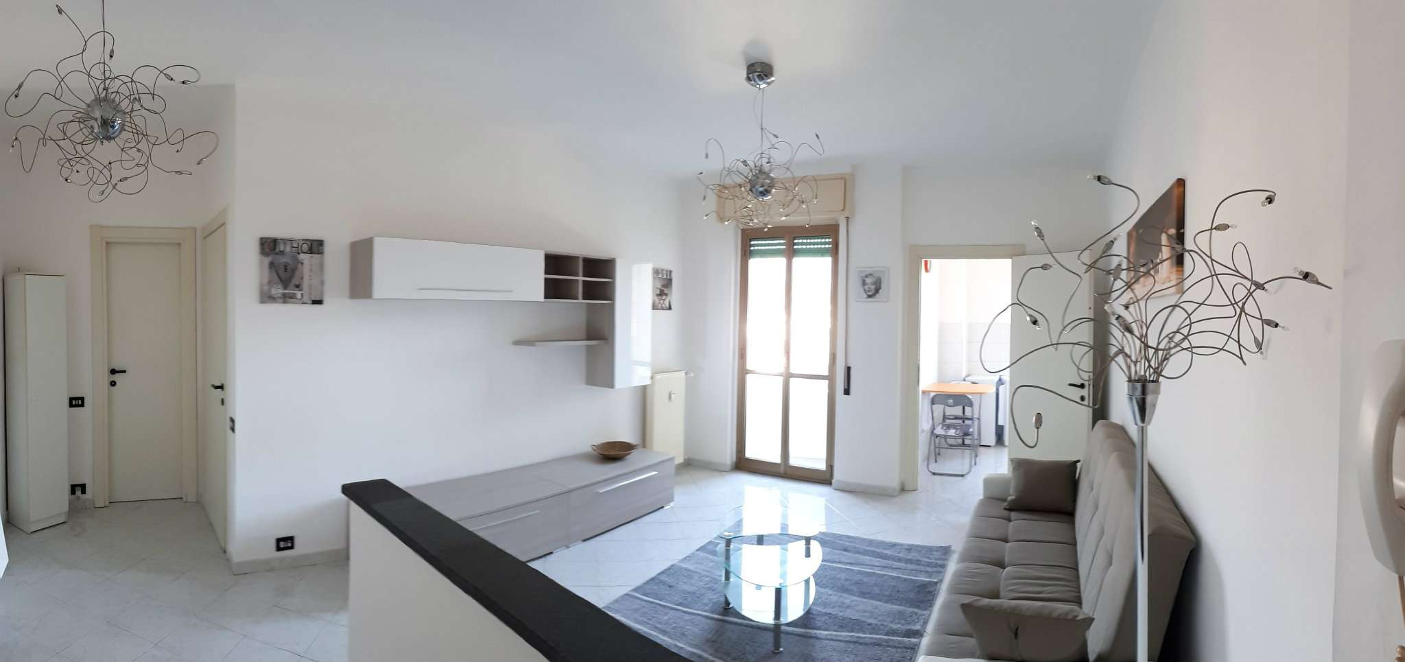 Appartamento in buone condizioni arredato in vendita Rif. 6811647