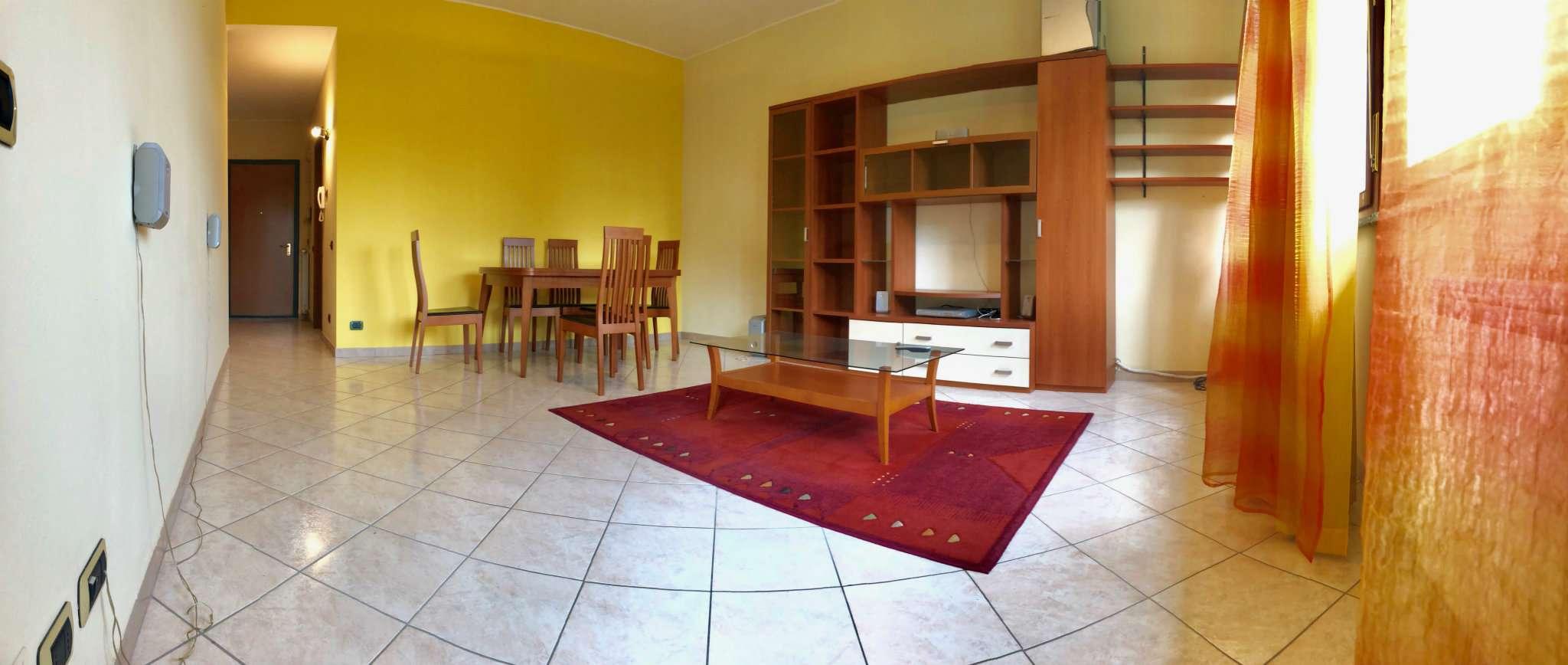 Appartamento in ottime condizioni in vendita Rif. 6890125