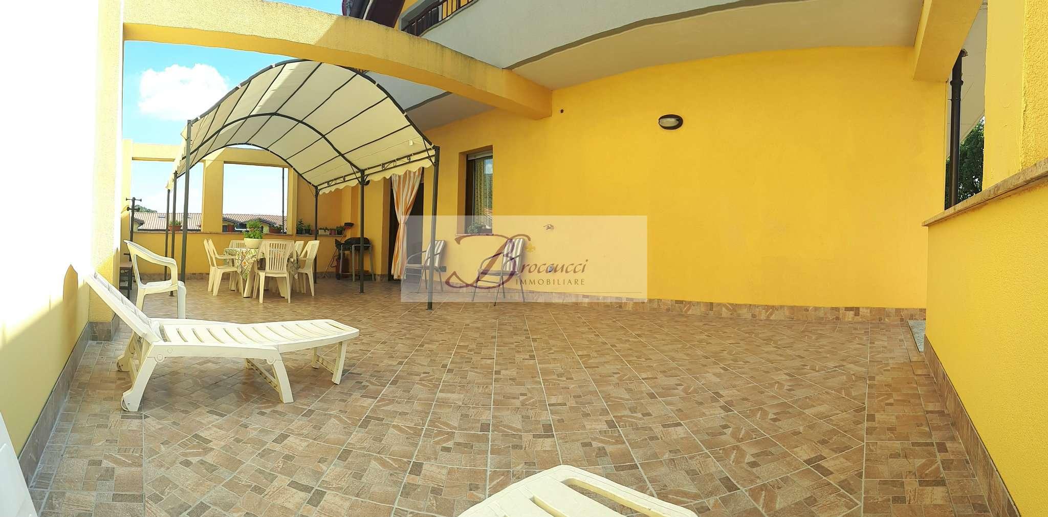 Appartamento in ottime condizioni in vendita Rif. 7810244