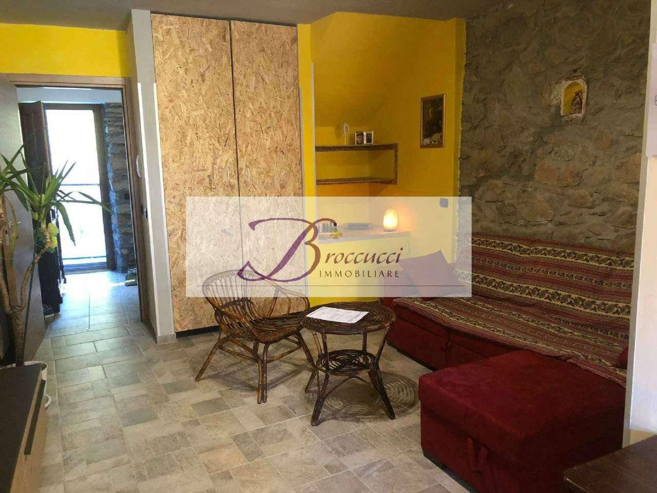 Appartamento in affitto a Cuasso al Monte, 1 locali, prezzo € 600 | PortaleAgenzieImmobiliari.it