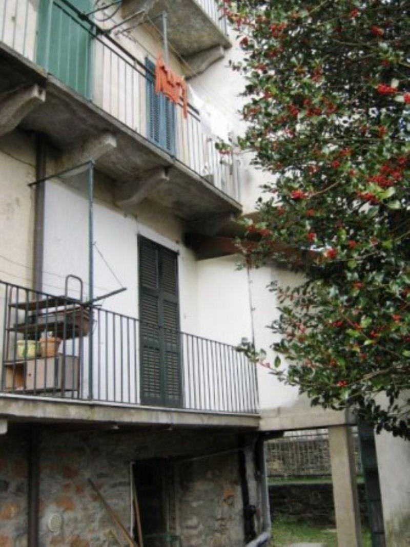Appartamento in condizioni mediocri in vendita Rif. 6811613