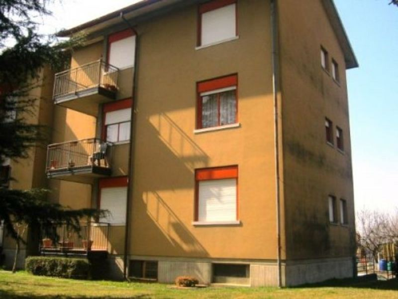 Appartamento in buone condizioni in vendita Rif. 6811619