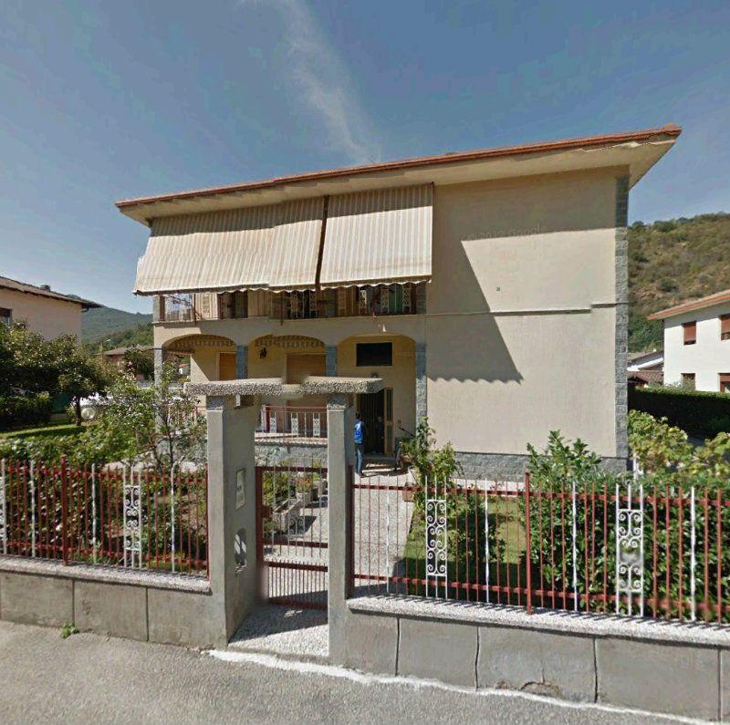Appartamento in buone condizioni in affitto Rif. 6811654