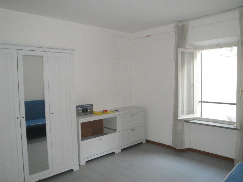 Monolocale in buone condizioni in affitto