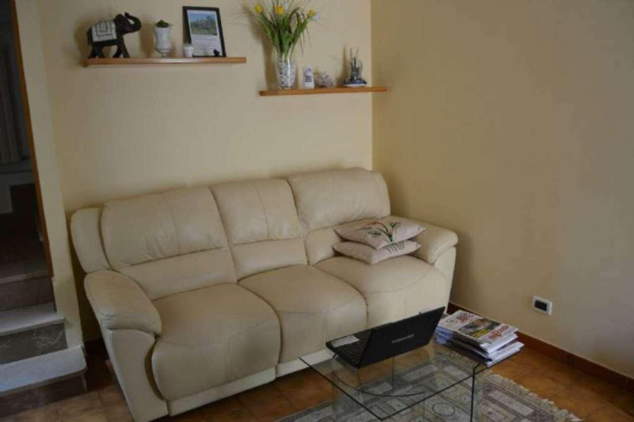 Appartamento in vendita a Agugliano, 3 locali, prezzo € 100.000   CambioCasa.it
