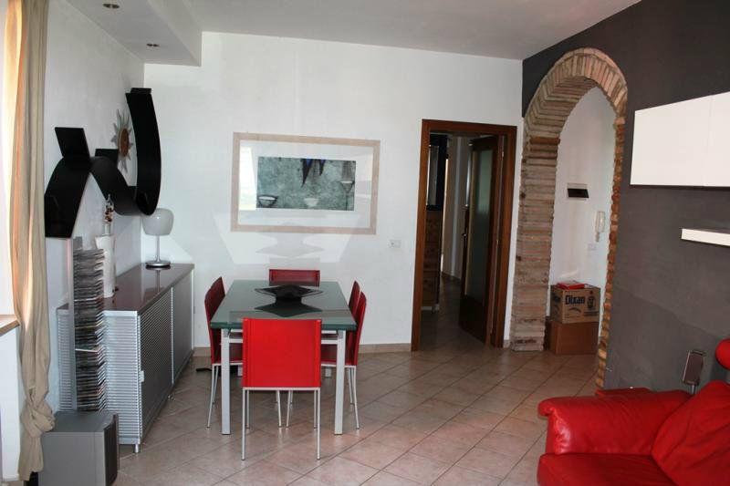 Appartamento ristrutturato in vendita Rif. 6431303
