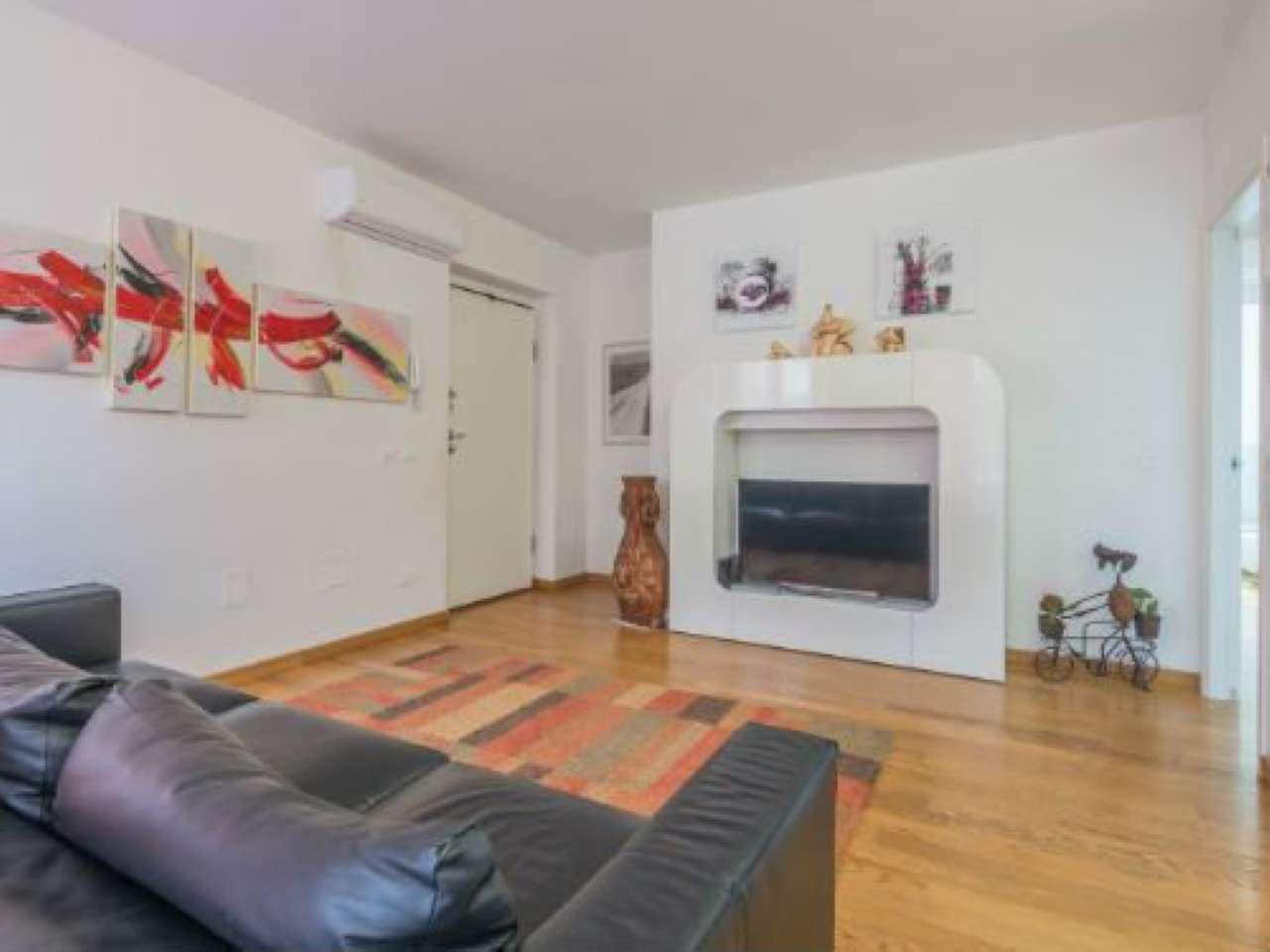 Appartamento in ottime condizioni in vendita Rif. 6522982
