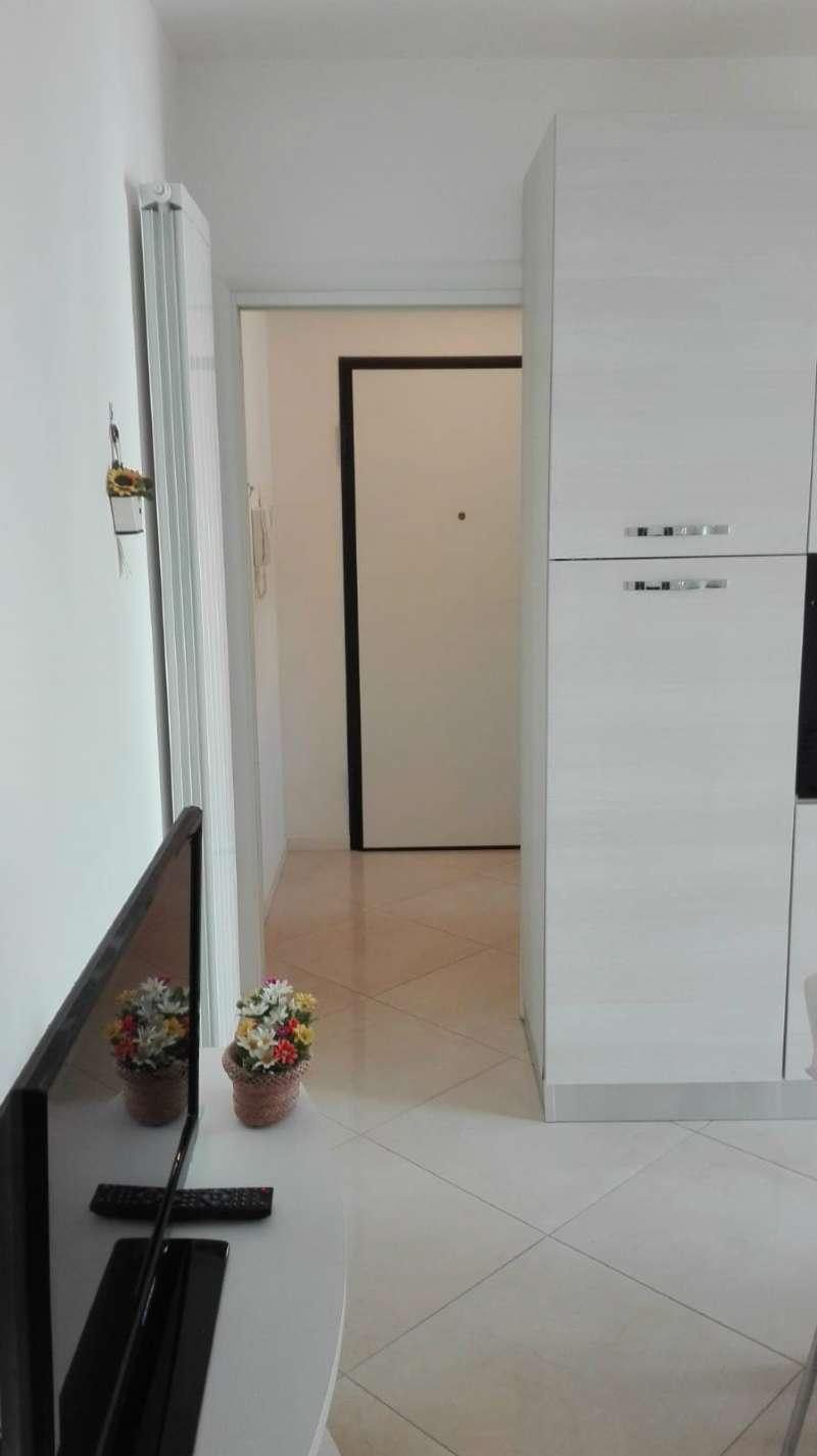 Appartamento arredato in vendita Rif. 8441868