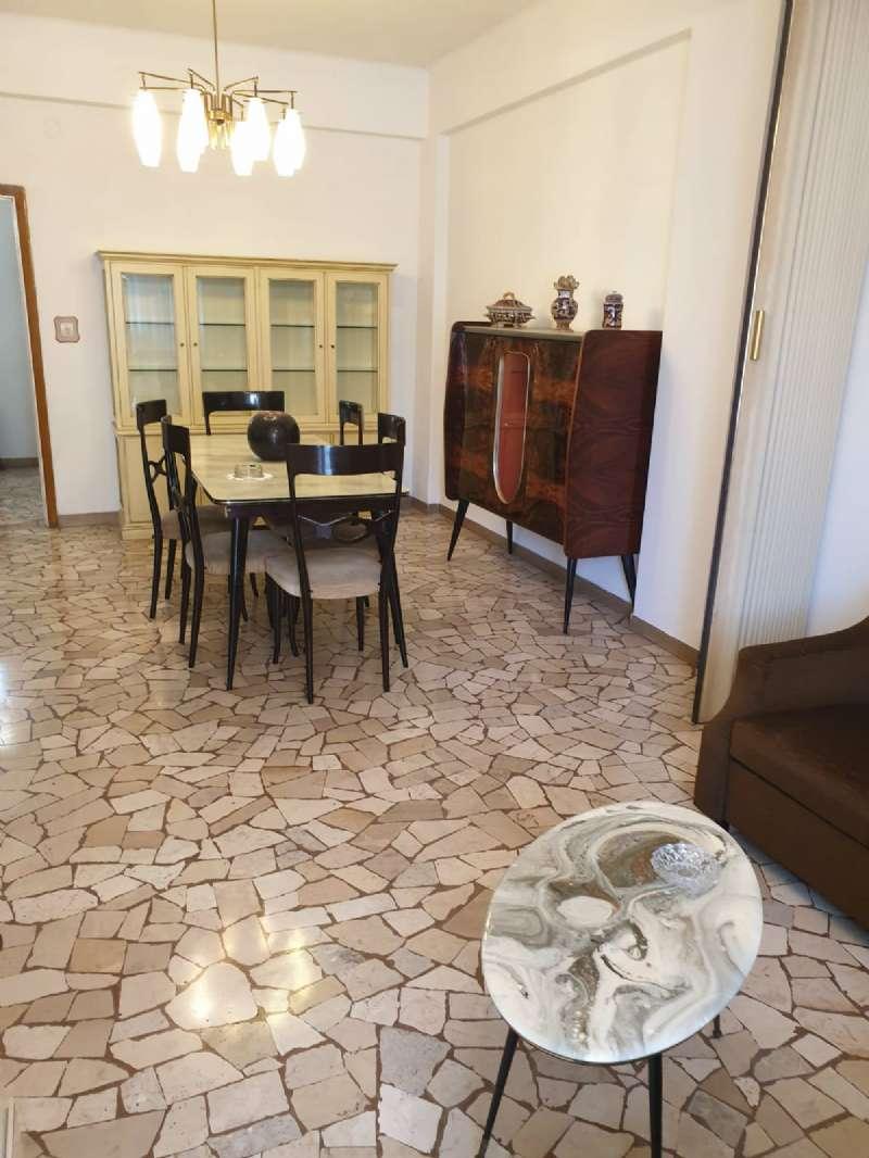 Appartamento in vendita a Ancona, 3 locali, prezzo € 110.000   CambioCasa.it