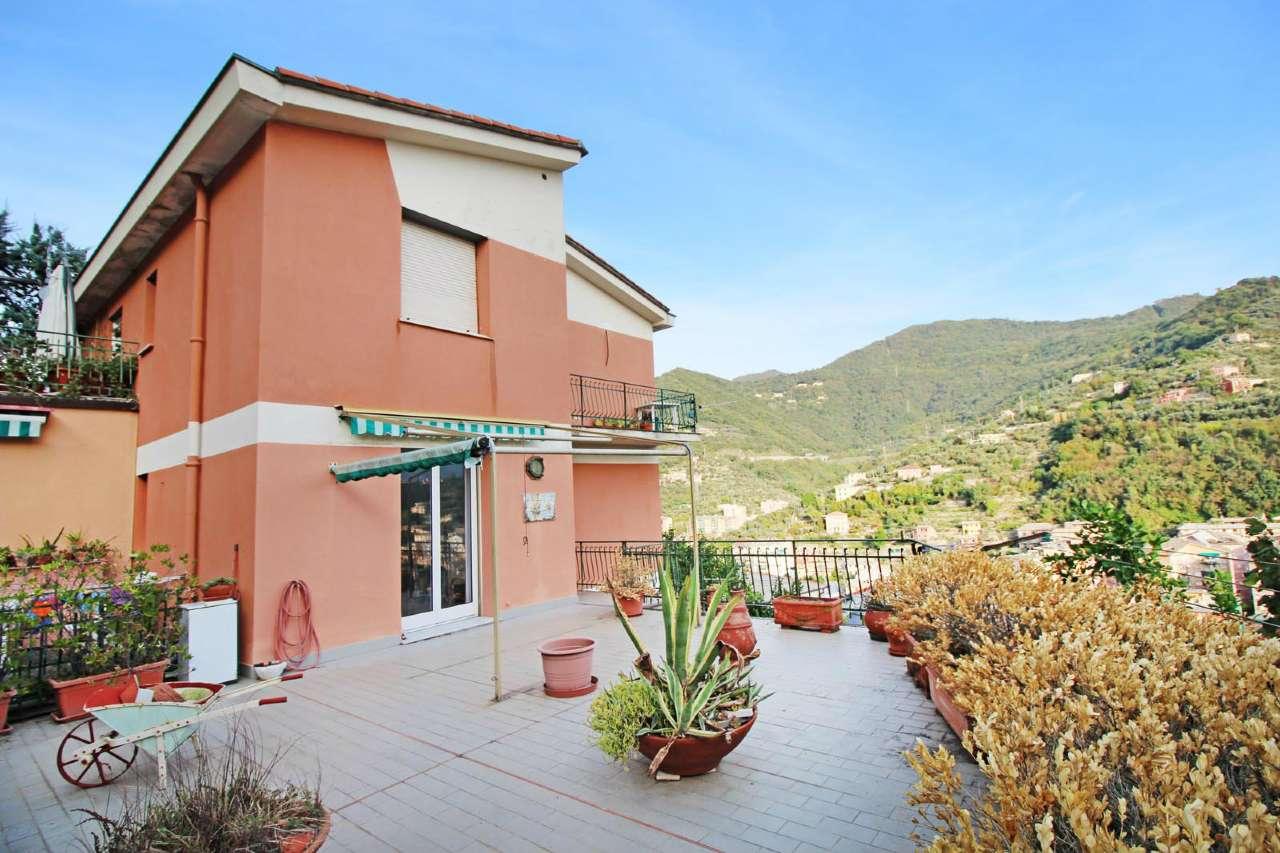 Appartamento in buone condizioni in vendita Rif. 8286096